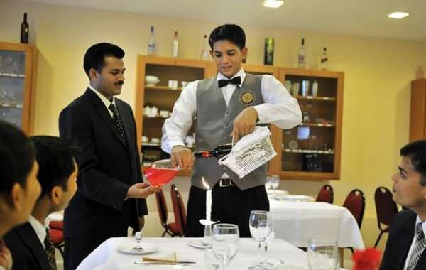Top 10 Colleges to Study Hotel Management in 2018