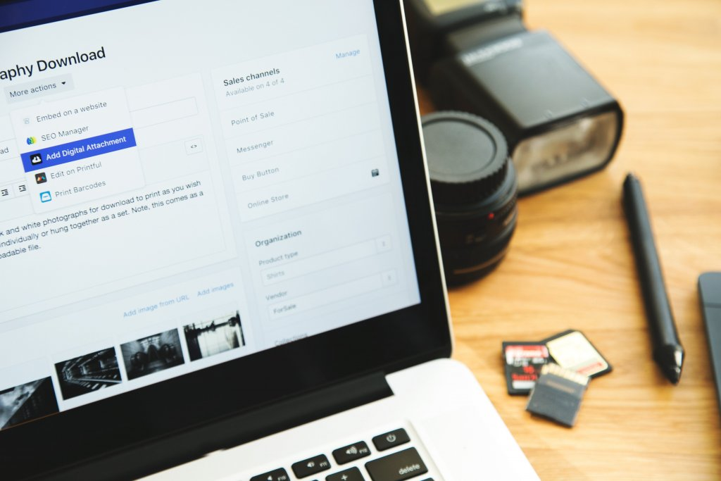 Consider these 4 factors to choose the best email provider