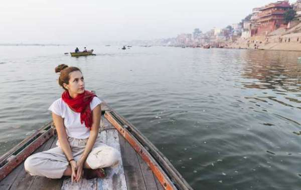 Experience the Best of Varanasi with these 3 Tours