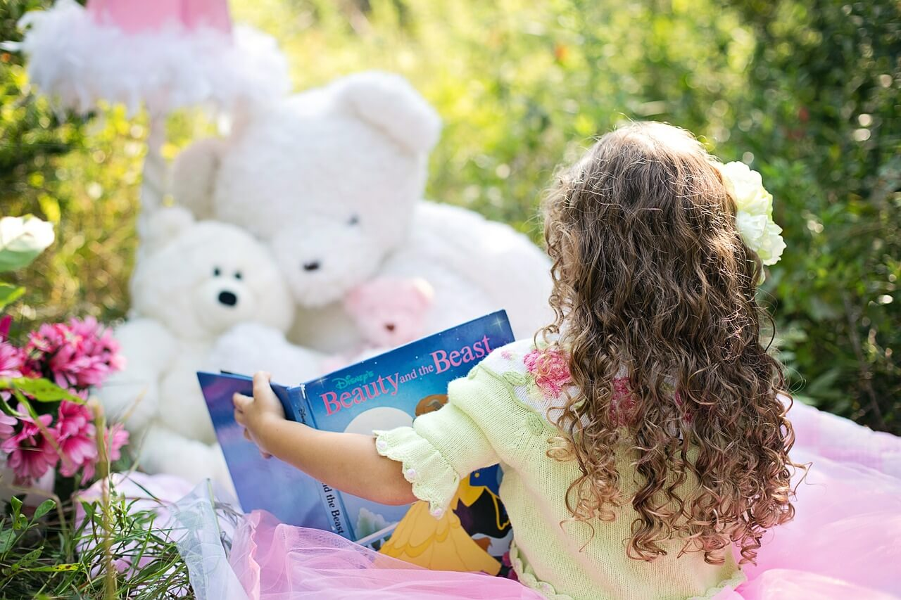 Best Moral Stories for Kids with Valuable Lessons - Wonder Parenting