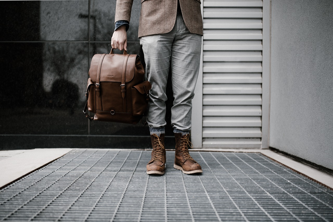 9+1 Best Laptop Bags For Men For Any Kind of Use