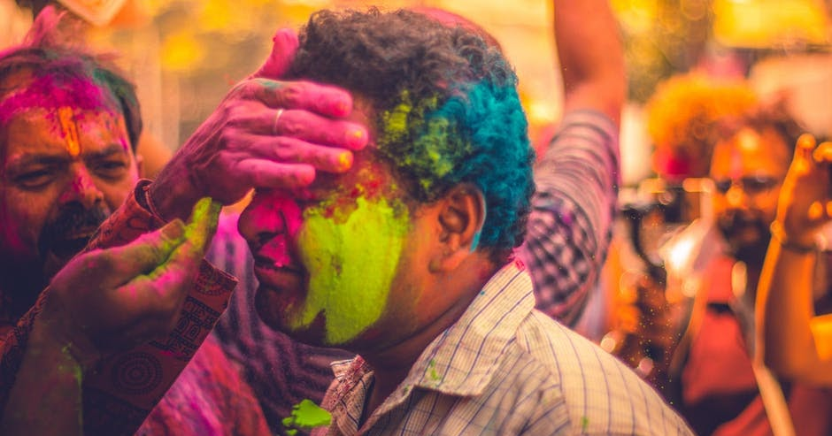 30+Happy Holi Wishes and status2020 - Lookwishes,status and messages