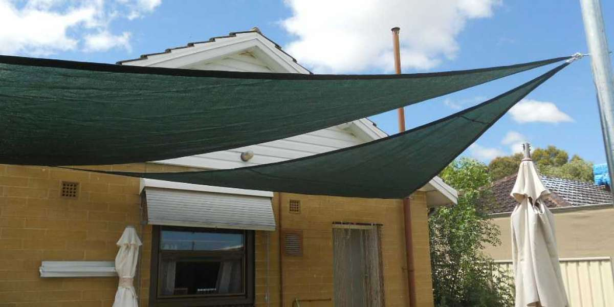 6 Fastest Ways to Put Shade in Your Backyard