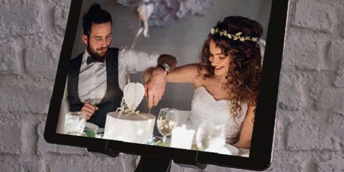 6 Smart Ideas to Make an Online Wedding Even More Exciting