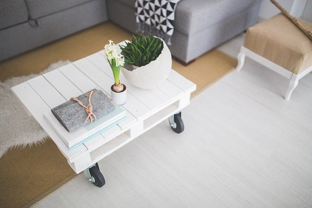 7 Ideas you Need to Make Your Coffee Table Chic and Stylish
