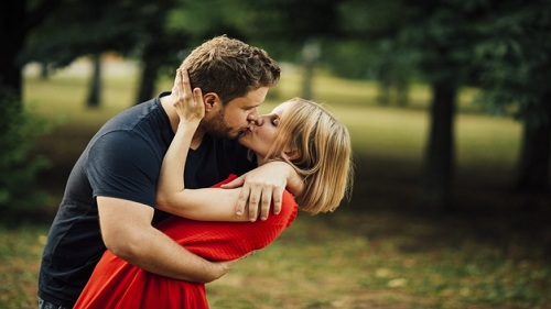Love Attraction Spells That Work Fast - Spell To Attract Someone