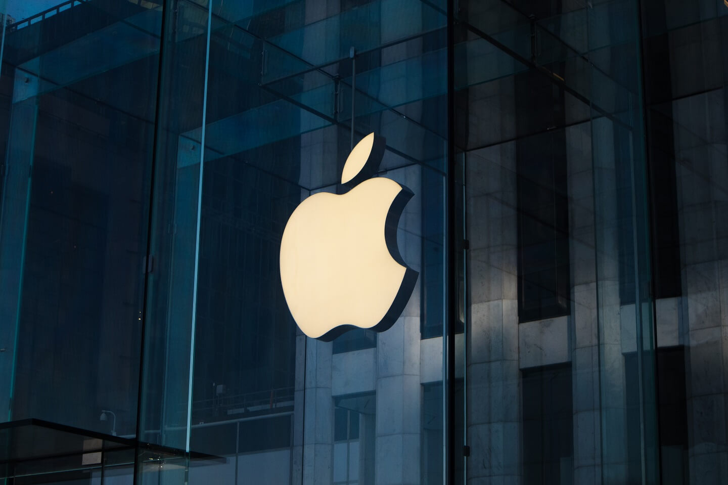 Siri, dangerous for your privacy? 10 amazing facts about Apple! - Techules