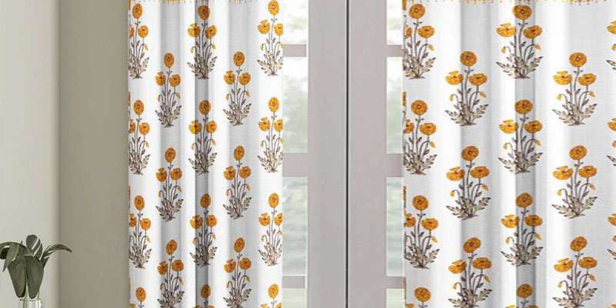 Door Curtains: How to Add Luxury and Sparkle Touch to Home Decor