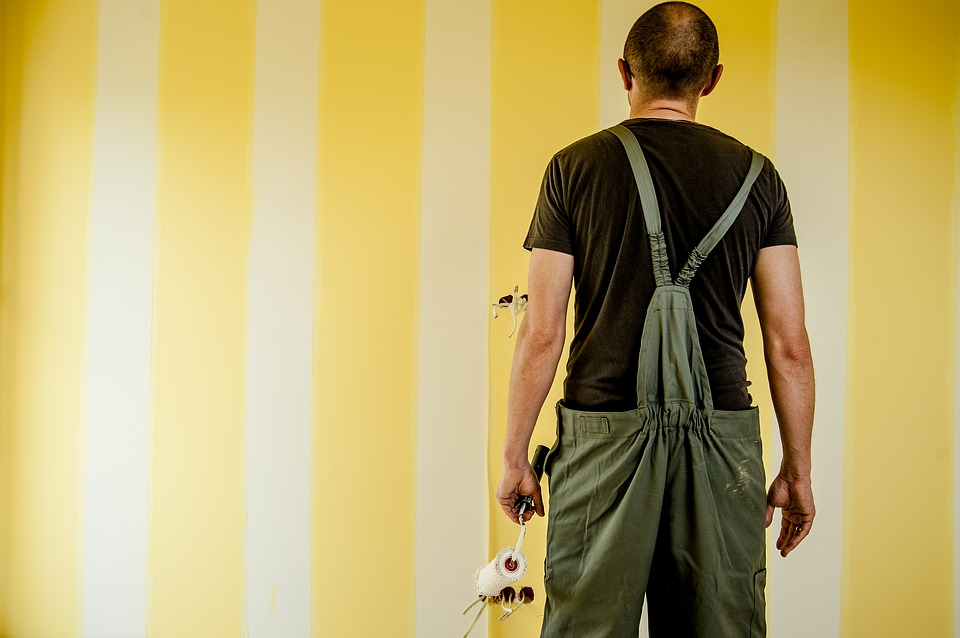 5 Reasons You Should Hire Professional House Painters!
