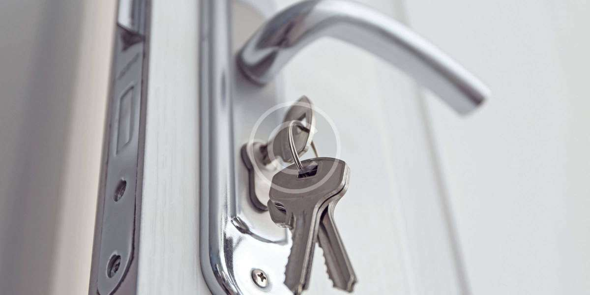 When Do You Need a Reputed Locksmith?