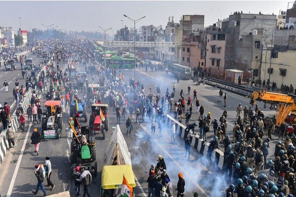 Tractor rally: Indian farmers breach Delhi's Red Fort in huge protest - LONDON TIME NEWS