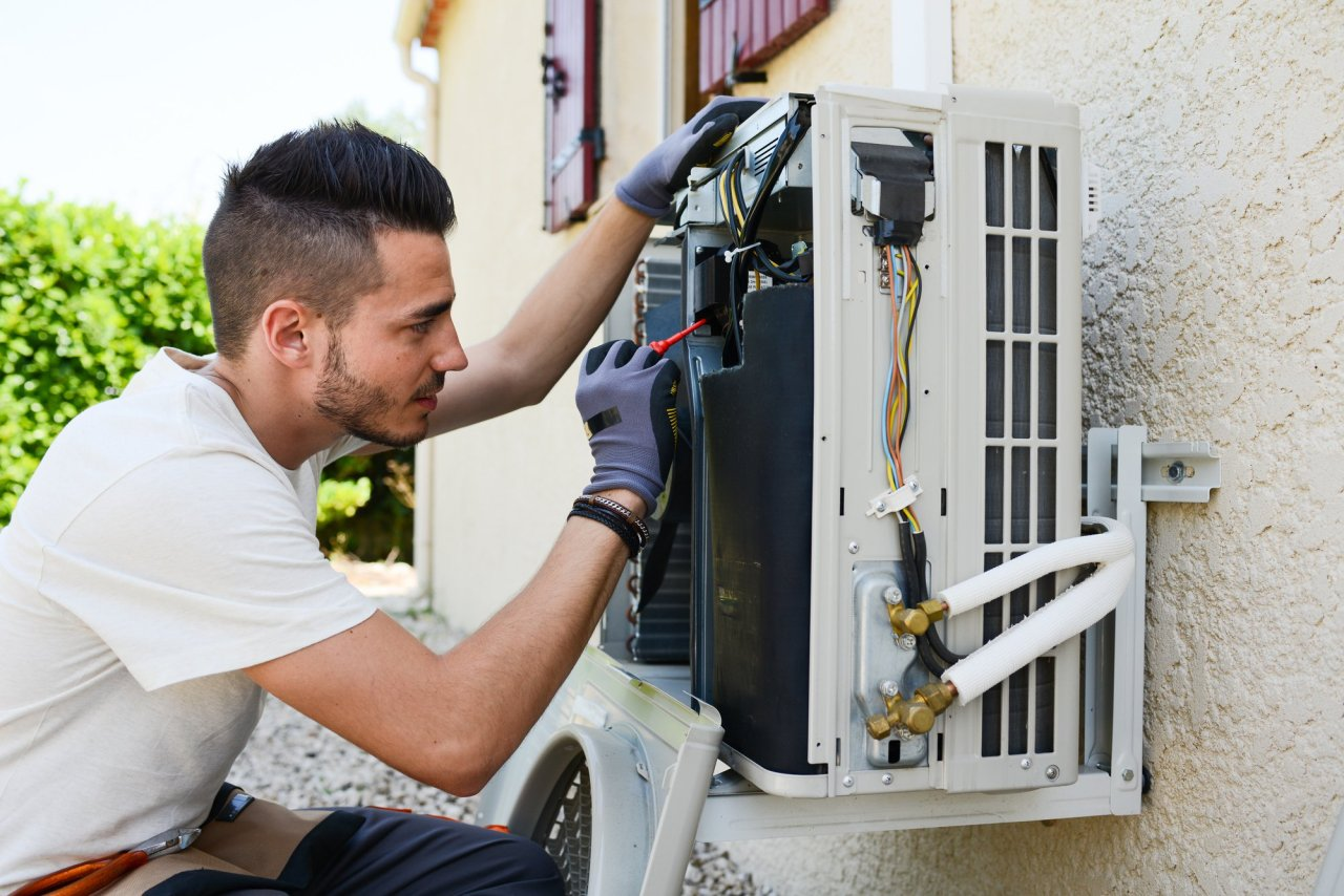 Find Out Why Your AC Failing to Control Indoor Humidity