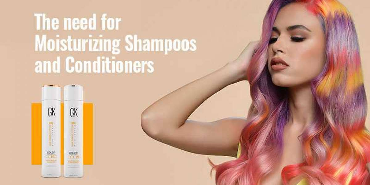 HOW TO CHOOSE A MOISTURIZING SHAMPOO AND CONDITIONER FOR YOUR HAIR TYPE