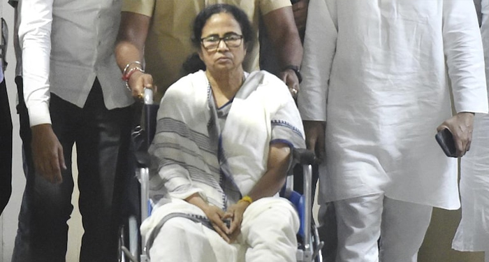 Mamta's injury is an accident, not an attack: Election Commission