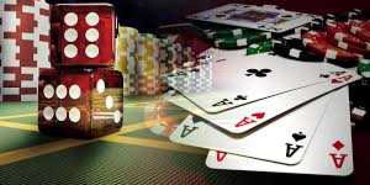 Play and Win at Home with Online Casino