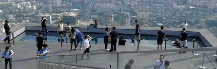 MahaNakhon Skywalk - Bangkok Attraction at 310 meters height