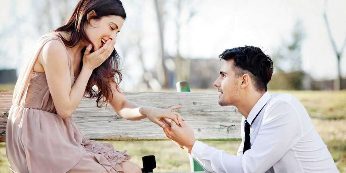 What's The Best Way To Propose A Guy?