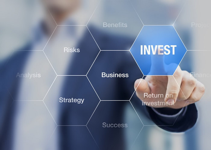 How Investors Should Deal With The Current Stock Market Situation?