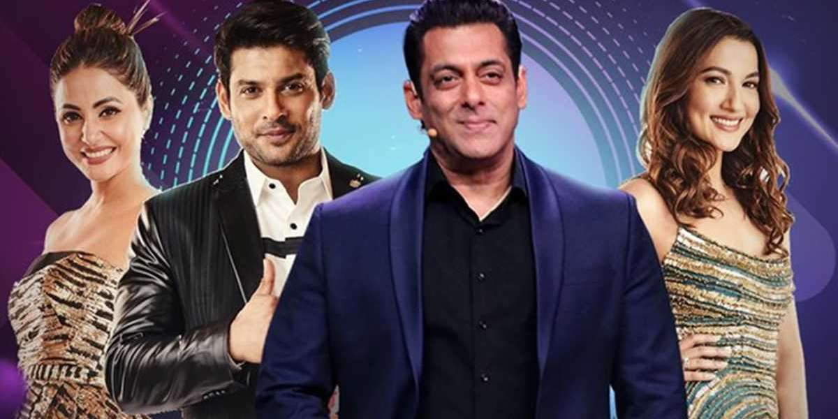 'People falsely believe that 'Bigg Boss' makes them land film deals,' says Shariq Hassan.
