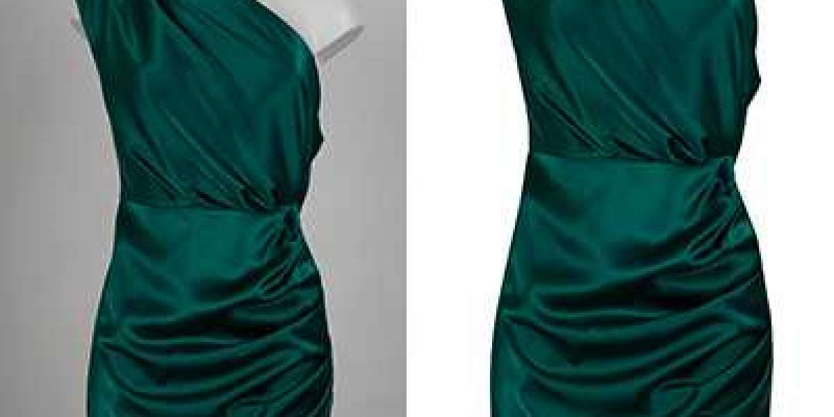 How Photoshop Ghost Mannequin Effect Saves Cost?