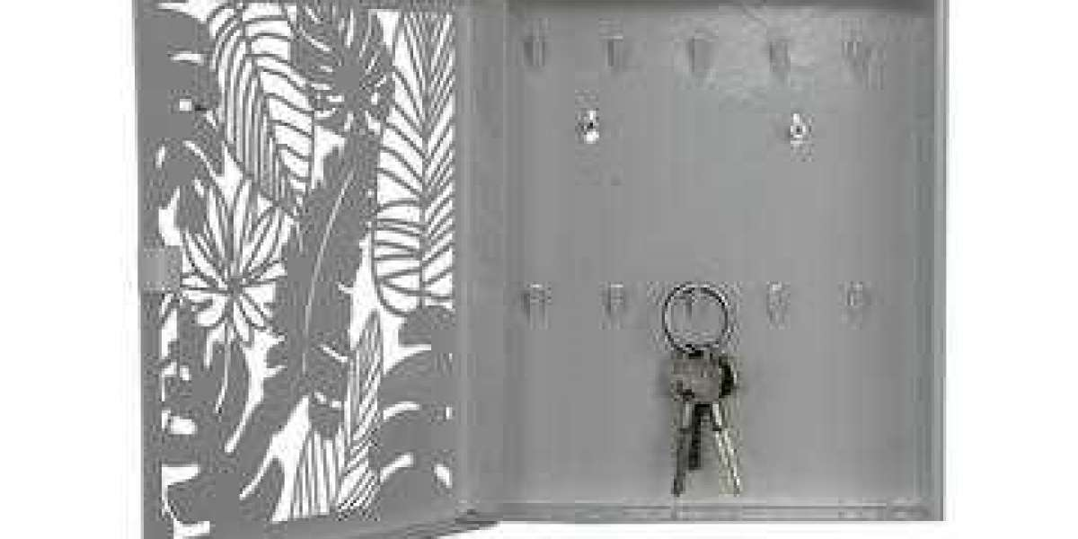 The metal key box with bracket has a durable textured strong coating and a metal slam key lock