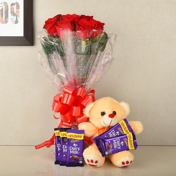 Buy/Send Online Gifts for Parents Day - OyeGifts.com