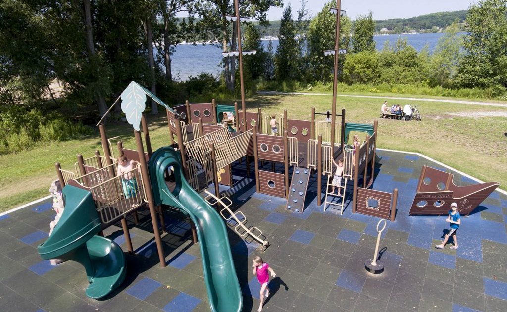 Commercial Playground Slides, Equipment Dealer: Commercial and School Playground Equipment Range Online from Top Manufacturers