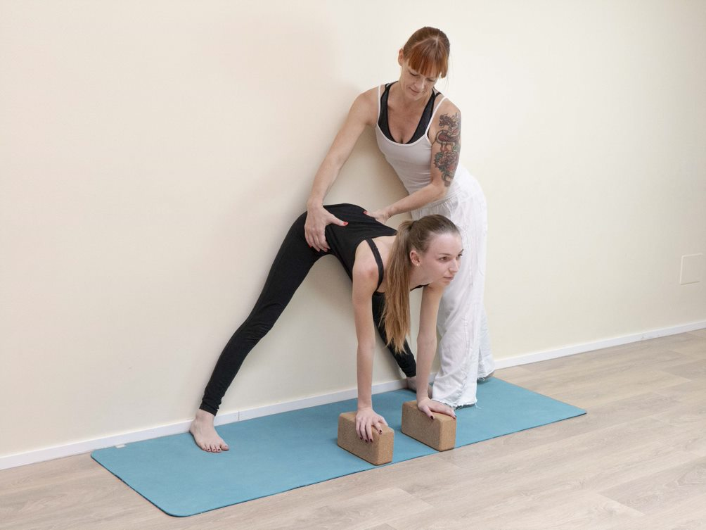 What is Teen Yoga? and Benefits of Practicing Teen Yoga